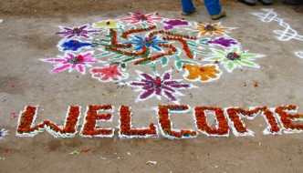 2013.09.03_India - Sights & Culture - 027 - Chalk & flower welcome drawings